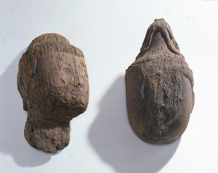 木造如来仏頭附如来仏頭、菩薩仏頭、仏身胴部残欠各1