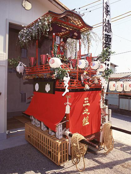 戸田祭りの山車行事と鈴宮社山車